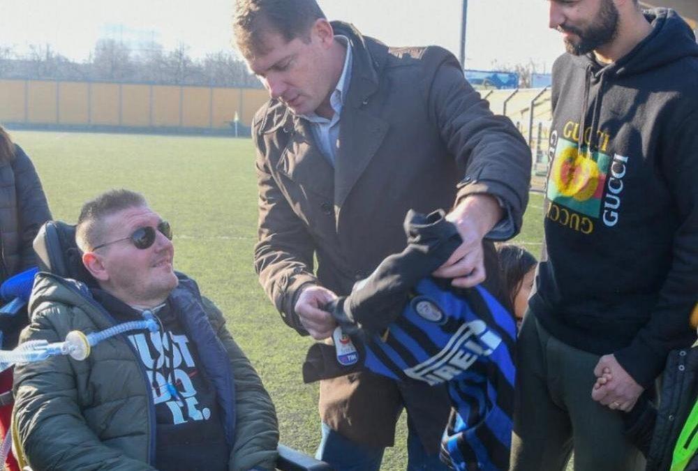 Meraviglioso Albiol, maglia scambiata con Brozovic per Peppe, tifoso interista malato di SLA